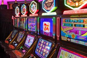 Ako fungujú hracie automaty online?